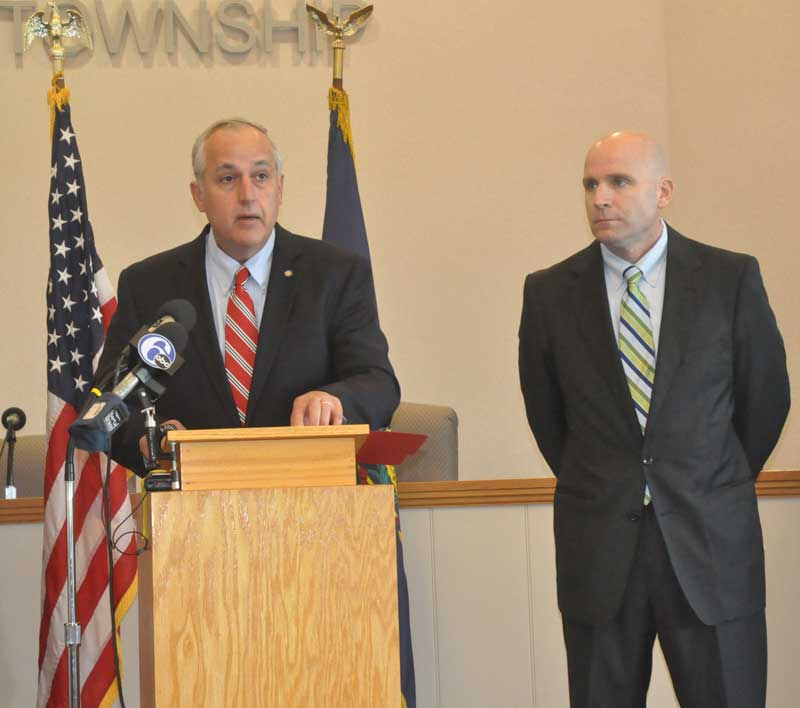 State Senator Dominic Pileggi (R-9) announces new legislation Monday aimed at curtailing gang activity on Chester County, as Chester County District Attorney Thomas Hogan looks on.