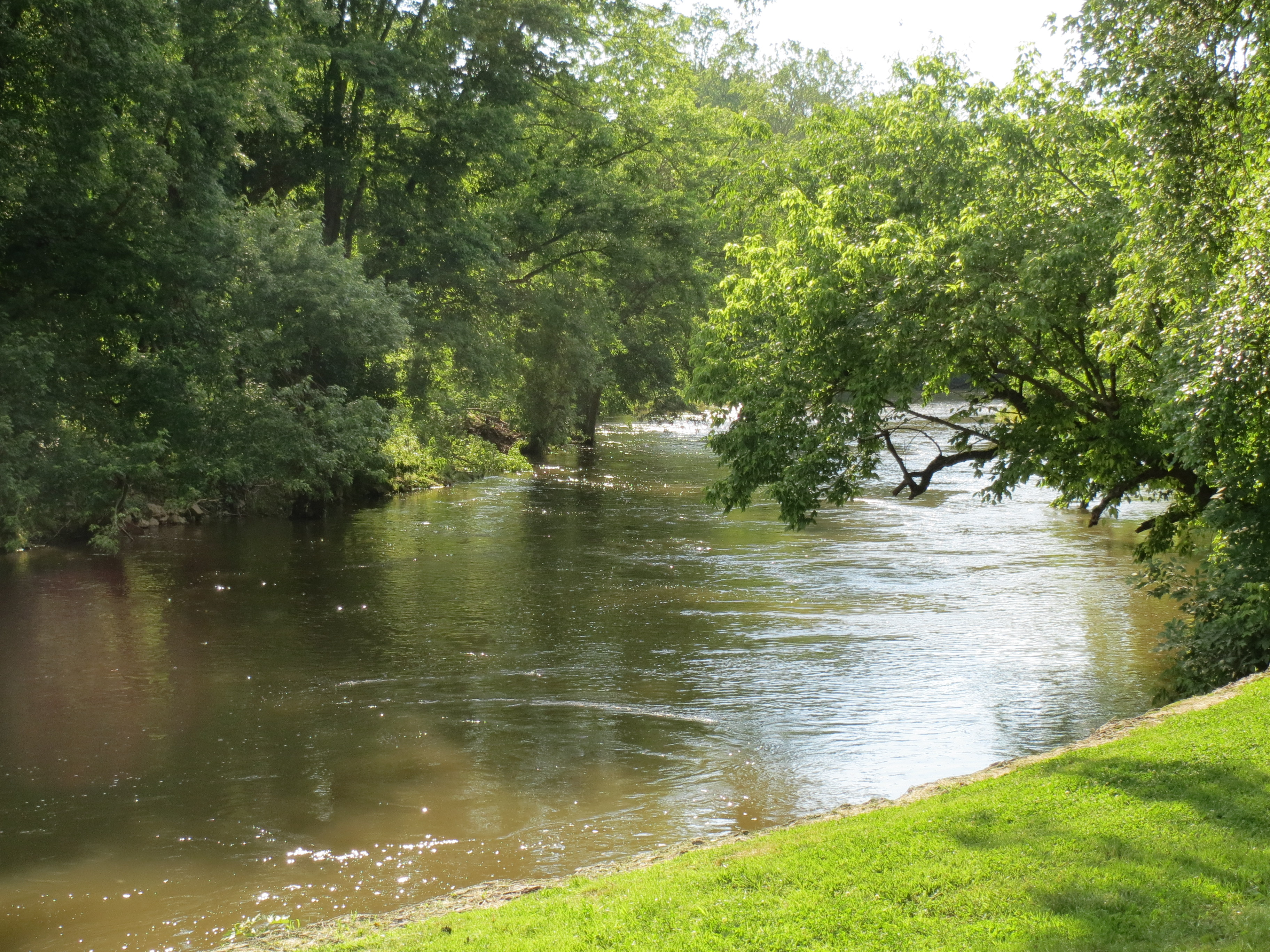 Flood warnings continue for the Brandywine, but heavy rain has moved out of the area, county officials report.