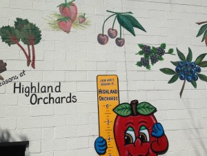 highland orchards sign fixed