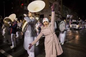 Nancy-Hornback-at-parade---small---QVCparade120514-255