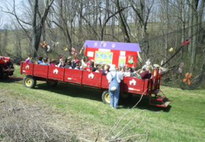 highland orchards hayride
