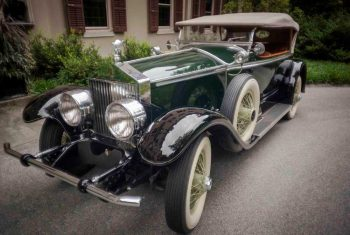 It's not just horses at Winterthur this weekend, but classic cars, too.